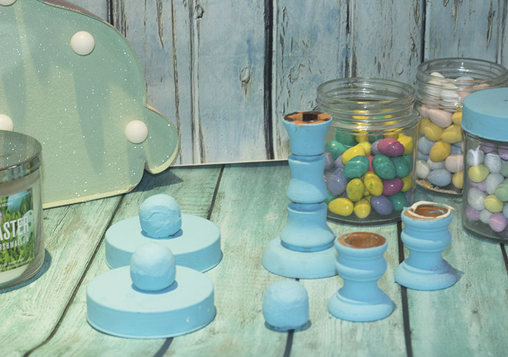 creating Pretty Pastel blue apothecary Jars for Easter