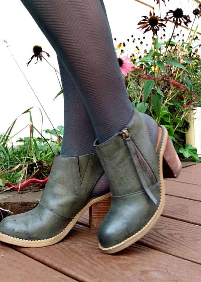 nine west green cut out booties