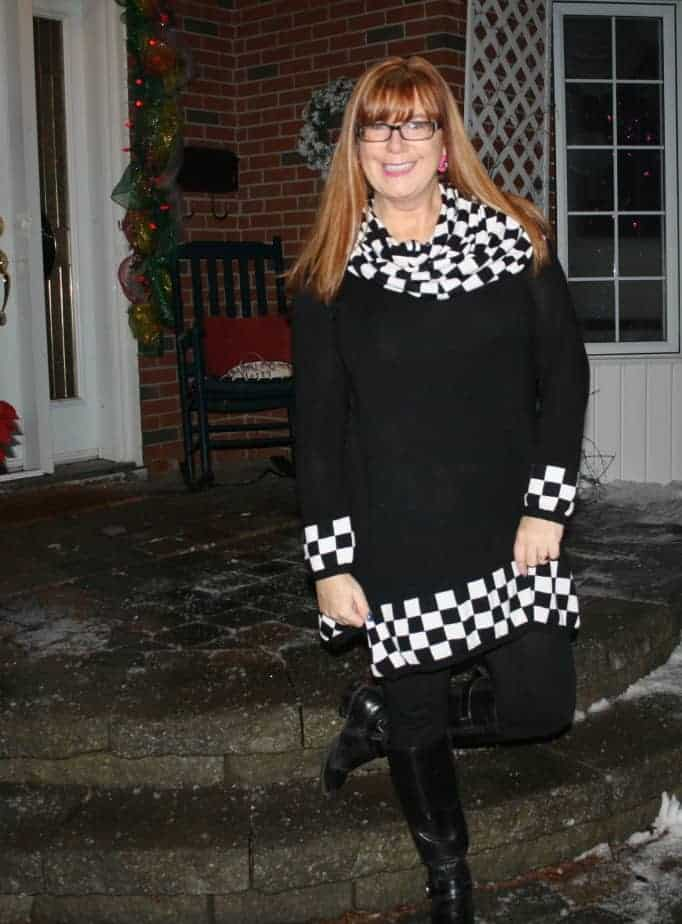 fecbek tunic with black and white check