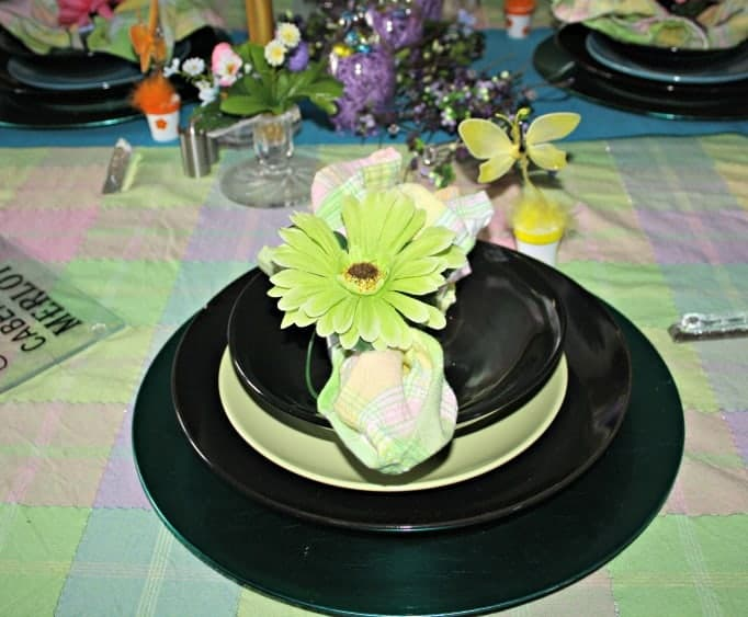 Easter Table Setting, floral napkin rings