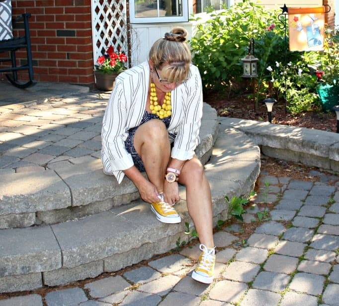 Old Navy Linen Blazer,Joe fresh Sundress and yellow converse