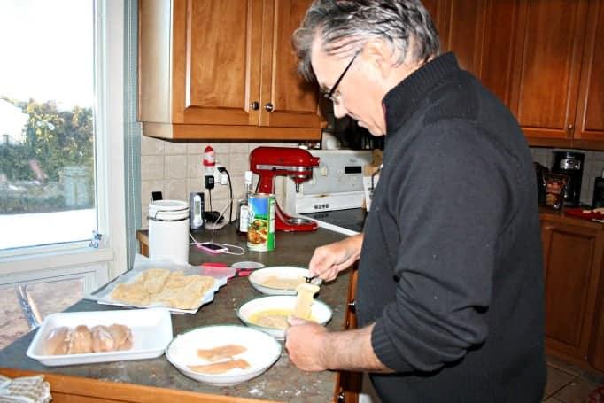 preparing chicken cutlets