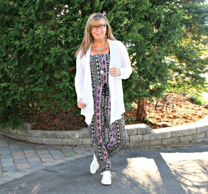 Forever 21 Tribal Jumpsuit, converse and lace cardigan