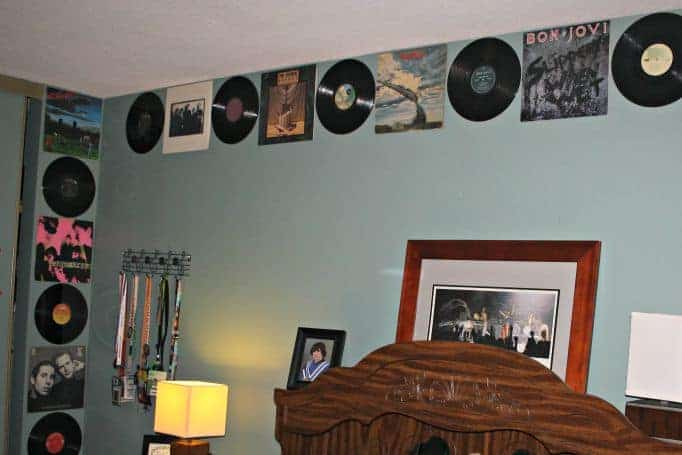 Album border in the bedroom