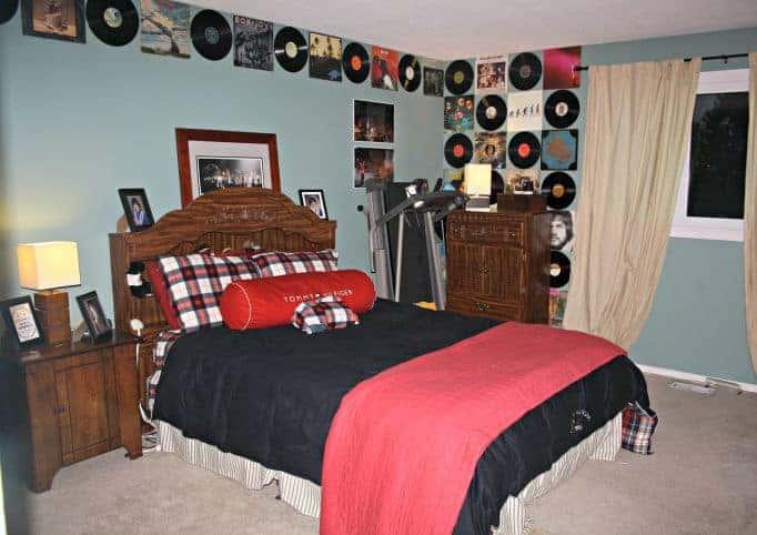 A Vinyl bedroom