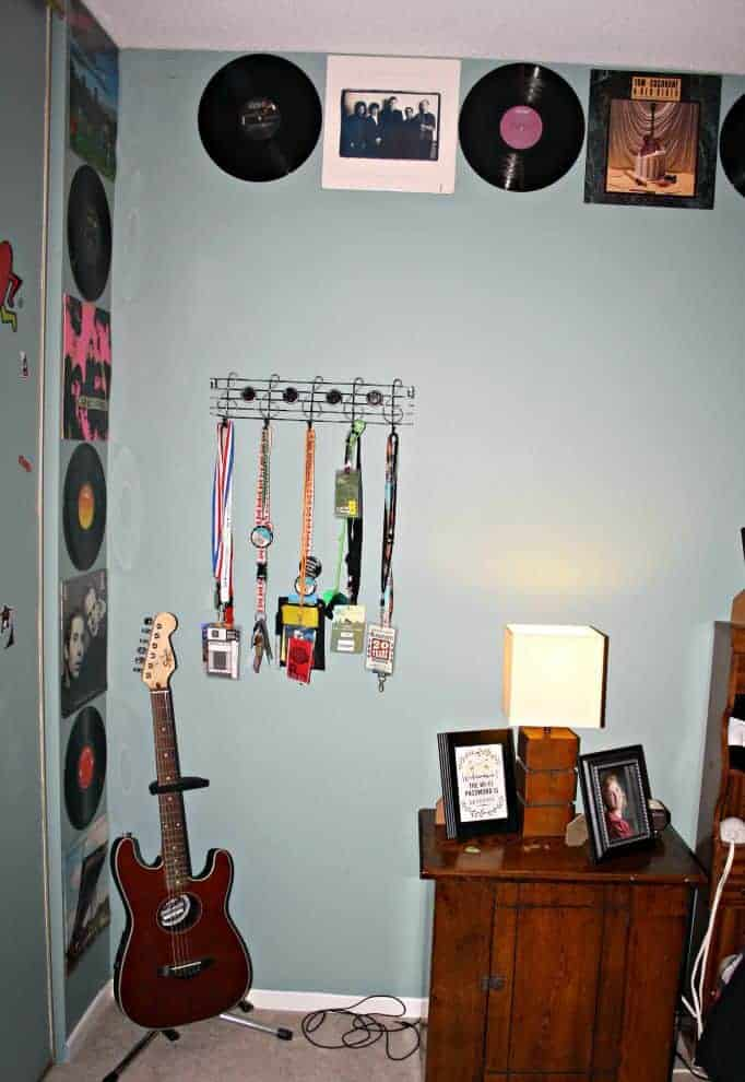 music note wall hanging