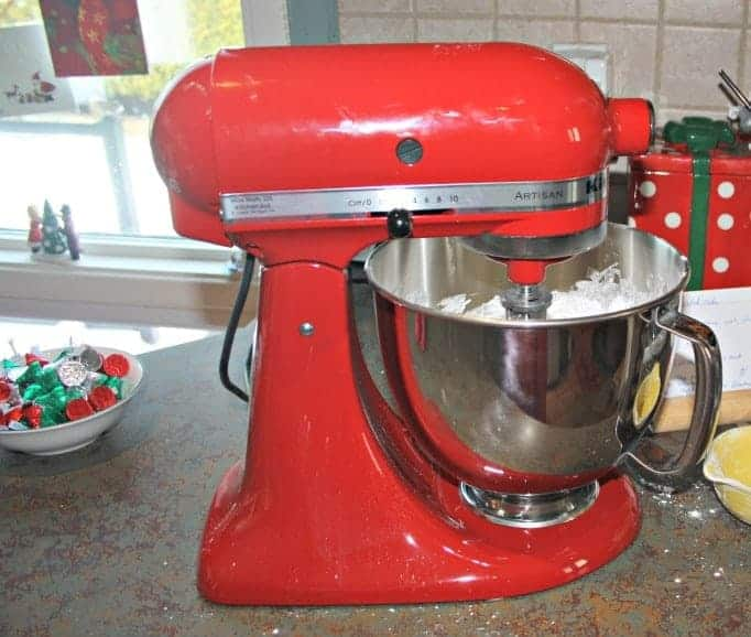 red kitchen aid for baking