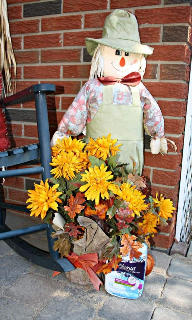 The scarecrow no longer is afraid to talk about Always Discreet