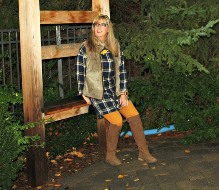 Old navy plaid tunic and pixie pants with a fur vest at Blissdom Canada