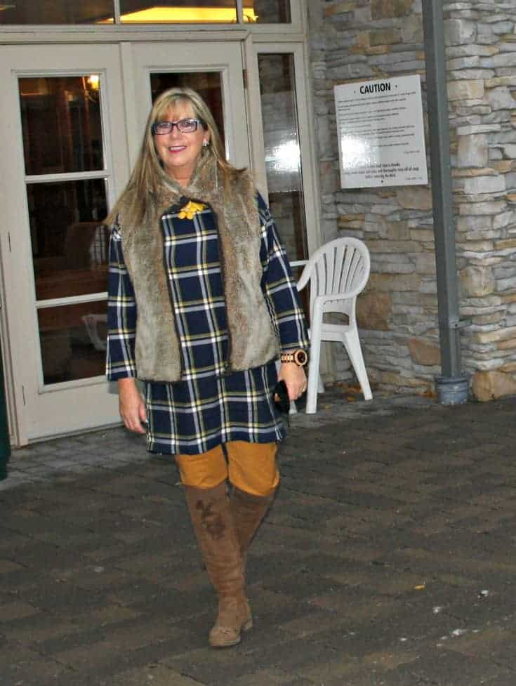 Old navy plaid tunic and pixie pants with a fur vest