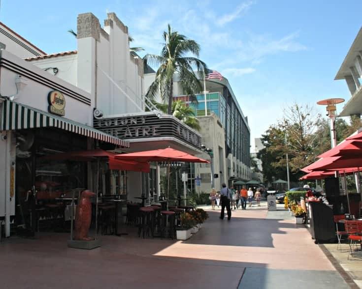 Colony Theatre on Lincoln Rd Miami