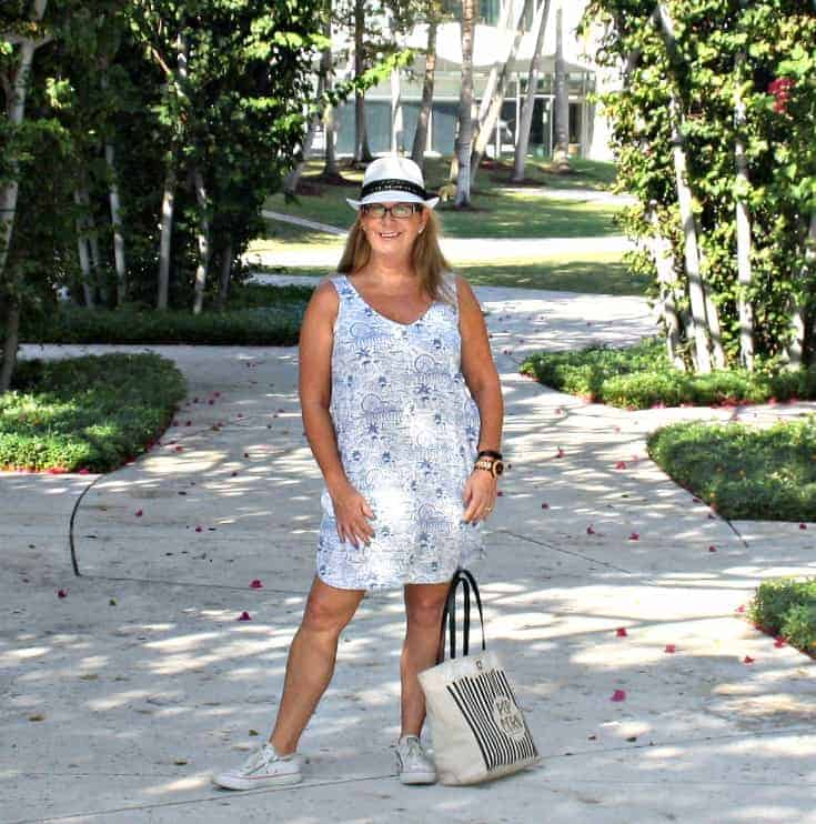 Old Navy Linen Sheath Dress, Fedora and Converse with Kate Spade Bag and a Jord Watch