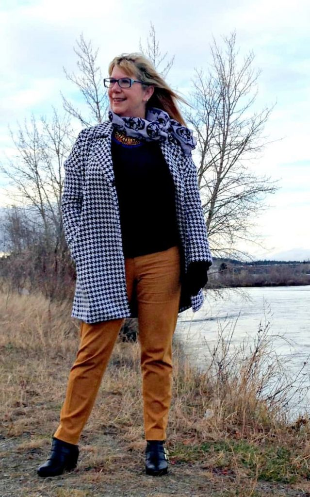 Shein Houndstooth Coat and Yosa Skull scarf with pixie pants and forever 21 booties