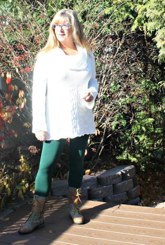 Suri Forest Green Leggings, Hudsons Bay Company Tunic