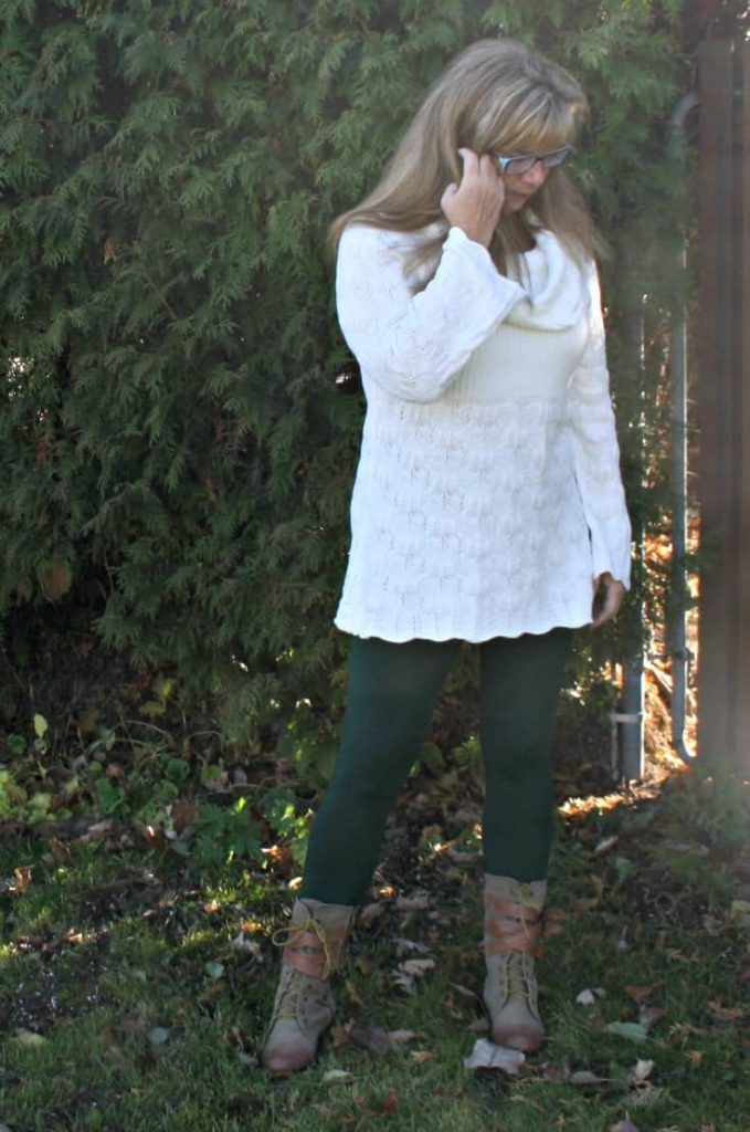Suri Forest Green Leggings, Hudsons Bay Company Tunic and Giant Tiger Boots