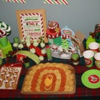 Grinch inspired food for a Whoville party