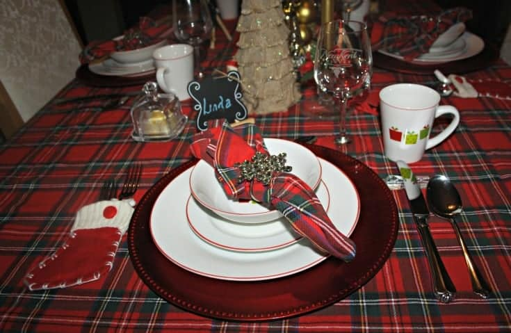 Christmas Tablescapes in plaid 1