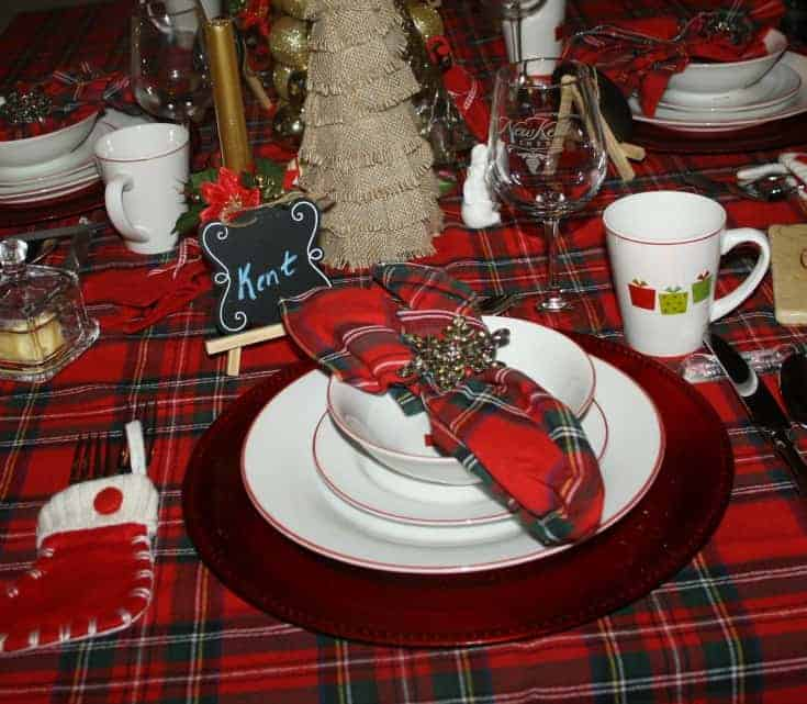 Christmas Tablescapes in plaid 4
