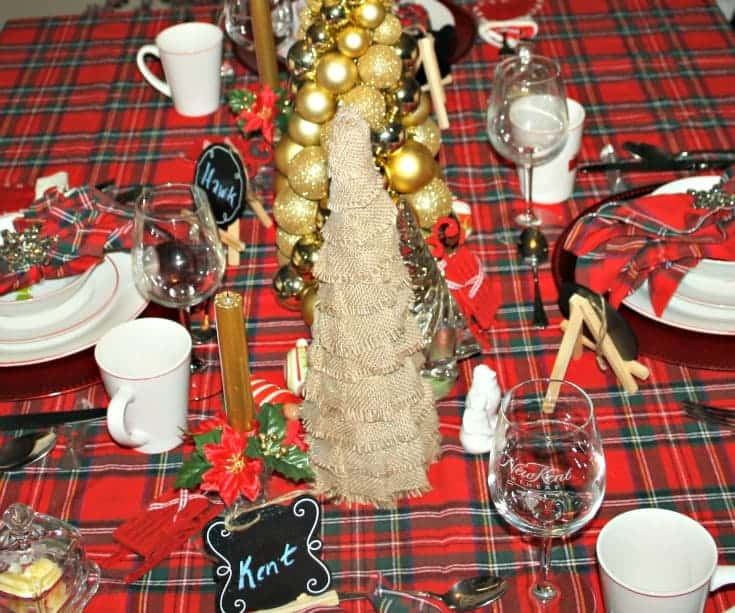 Christmas Tablescapes in plaid 5