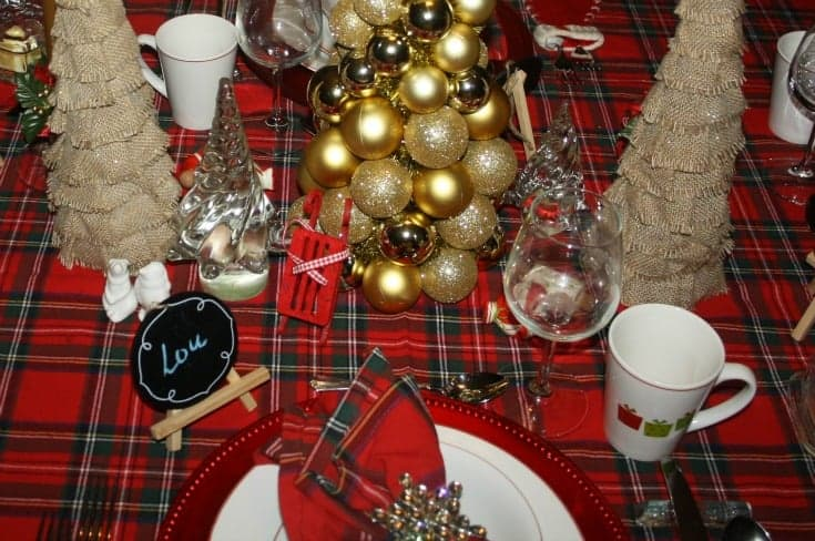 Christmas Tablescapes in plaid 6