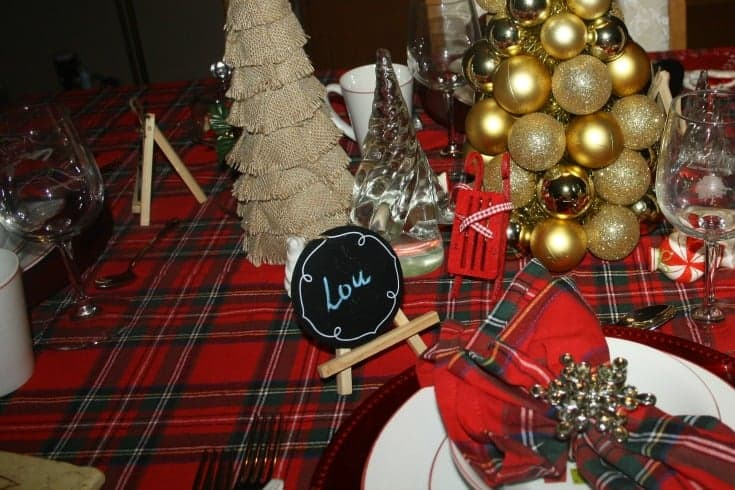 Christmas Tablescapes in plaid 7