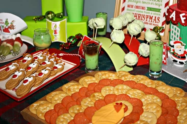 Whoville Christmas Party with OREO and RITZ Snacks in a Turkey