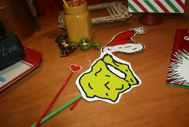 Grinch photo props