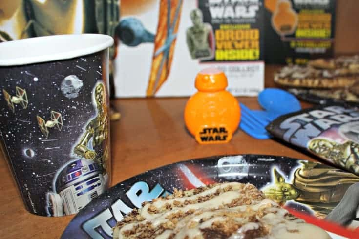 cinnamon toast crunch cereal and a Star Wars Breakfast 2