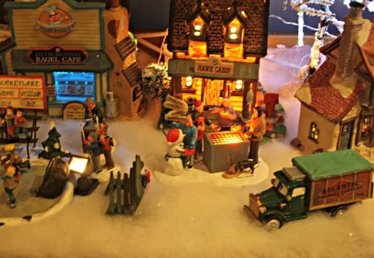 Hawk cabin, Bagel Shoppe and Fire pit