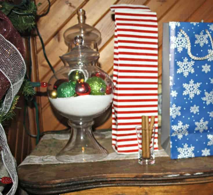 wine cork ornaments and cubero cigars 6