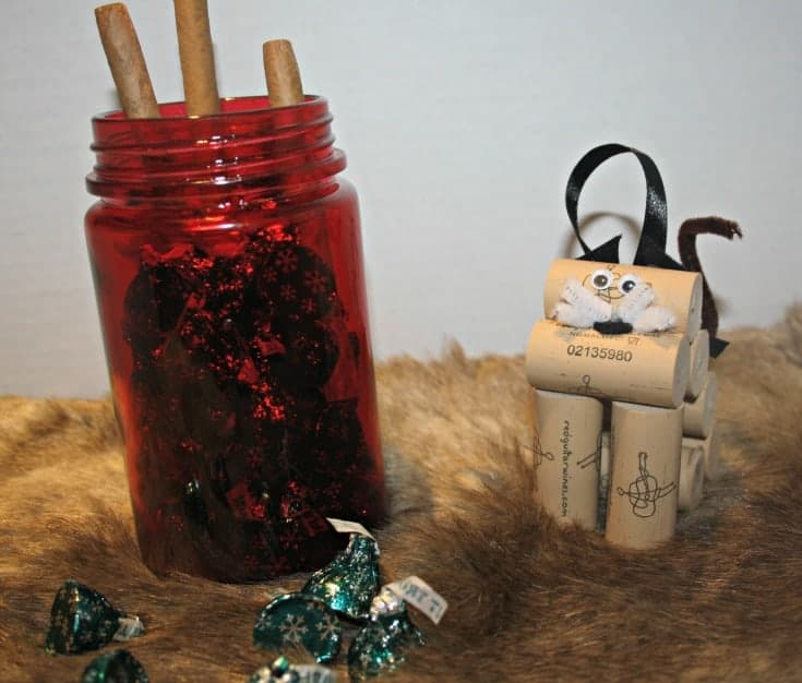 wine cork ornaments and cubero cigars 18