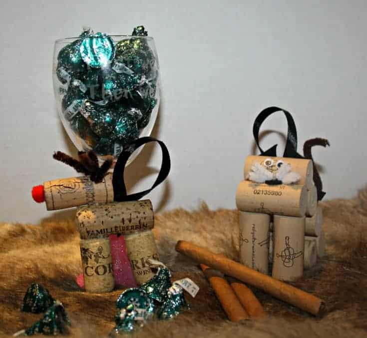 wine cork ornaments and cubero cigars 83
