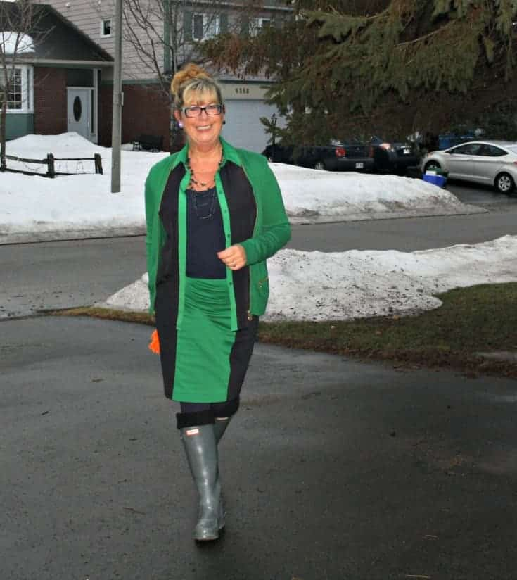 Michael by Michael Kors outfit in Green with hunter boots