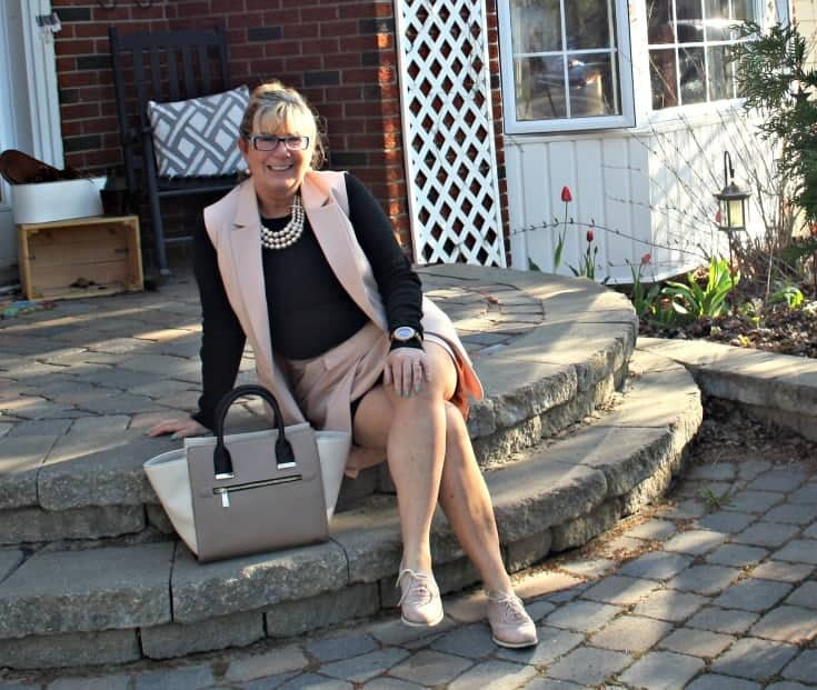Forever 21 Blush suit with matching oxfords and a fun tote. Paired with my jord and pearls