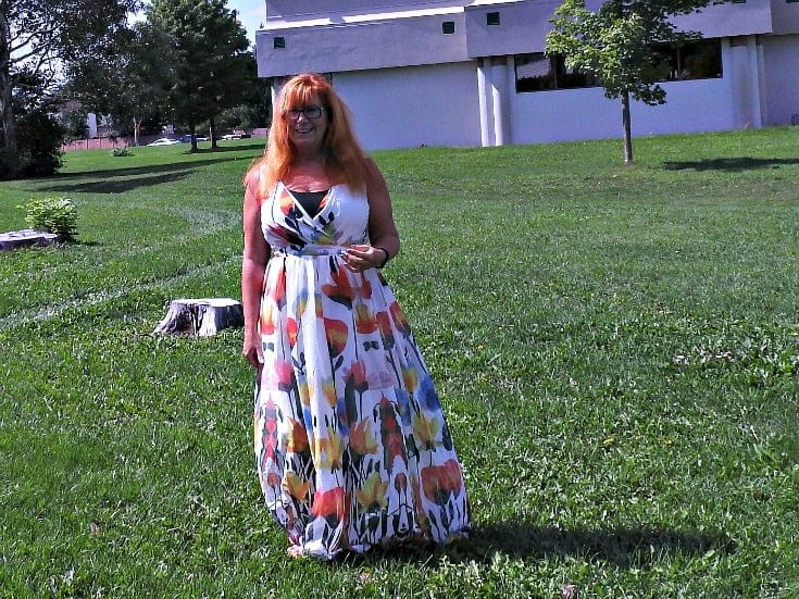 floral-printed-charming-surplice-maxi-dress