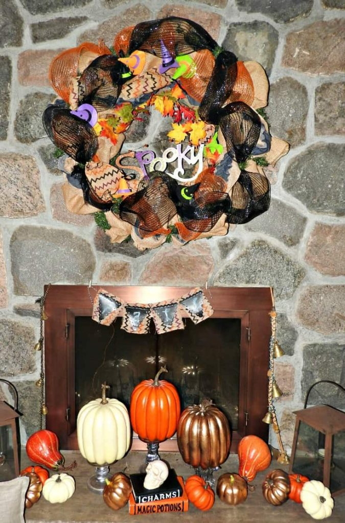 Spooky witch hat wreath