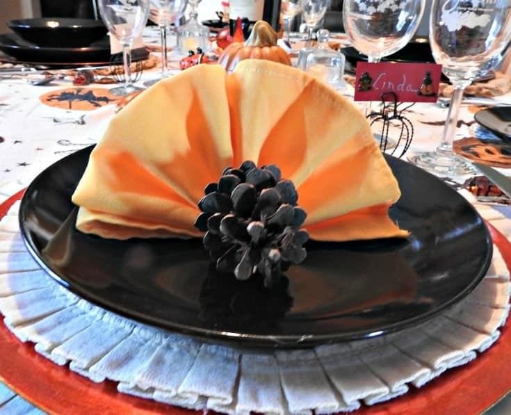 Turkey Napkin Folds for Holiday Tables