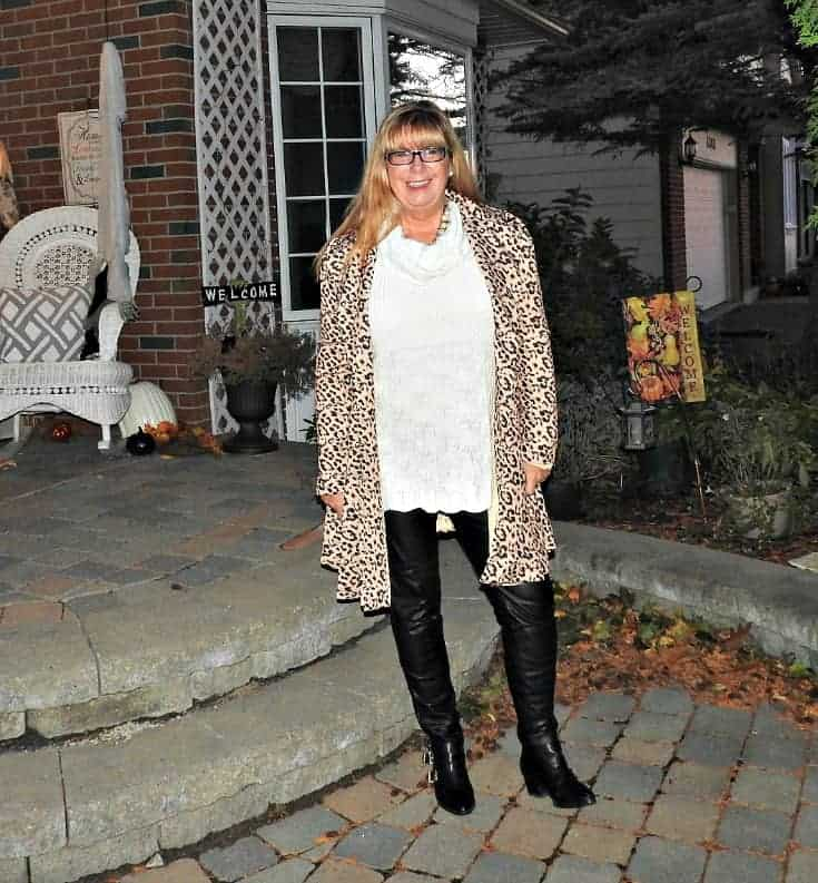 Gamiss Leopard Coat, Cream Sweater from Hudson Bay Company and Black Leather leggings