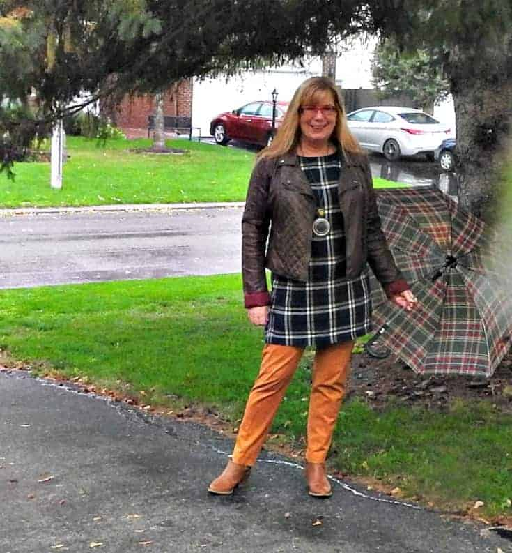 Old Navy Plaid Tunic with pixie pants
