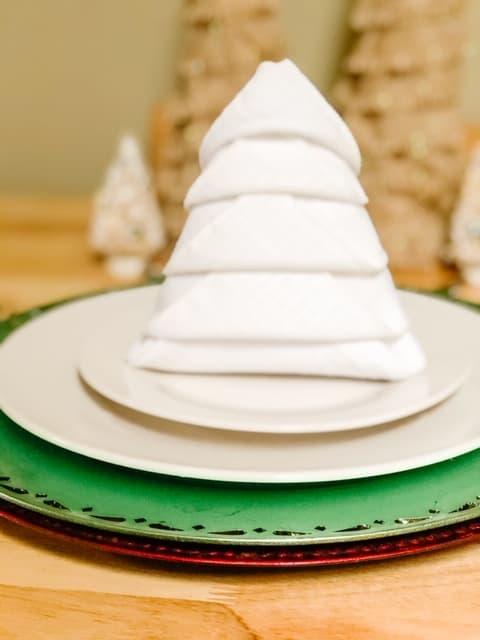 napkin Christmas tree fold on a plate