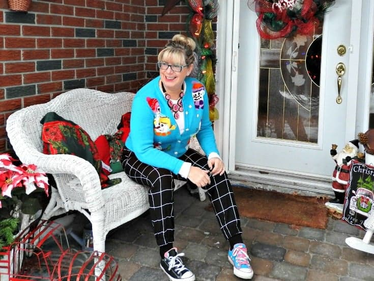 Snowman sweaters, windowpane joggers and mismatched converse and my 7 Charming Sisters Necklace
