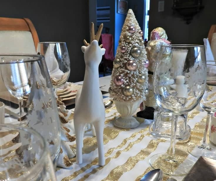 white and gold christmas accents