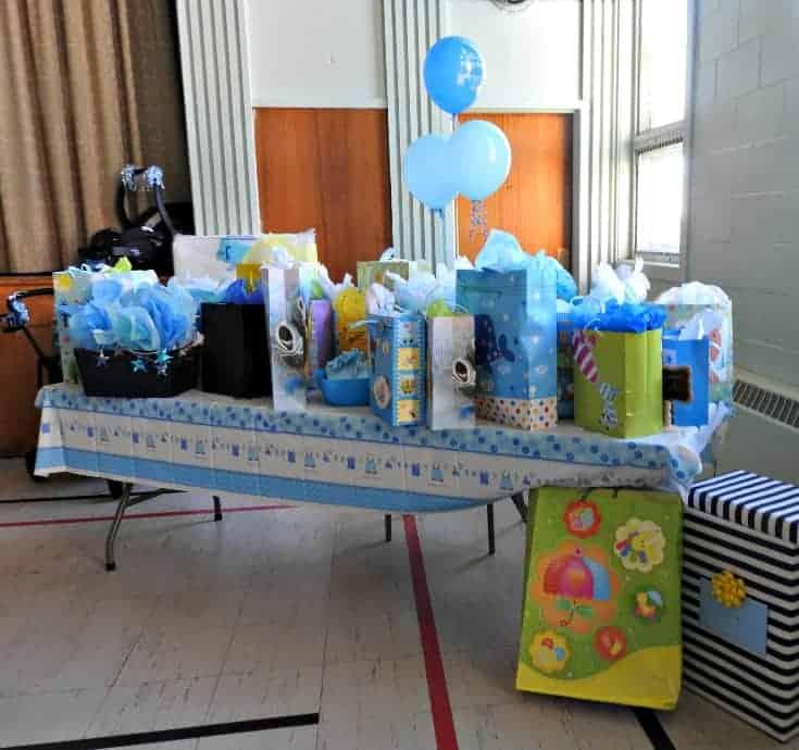baby boy Nautical baby shower-gift display