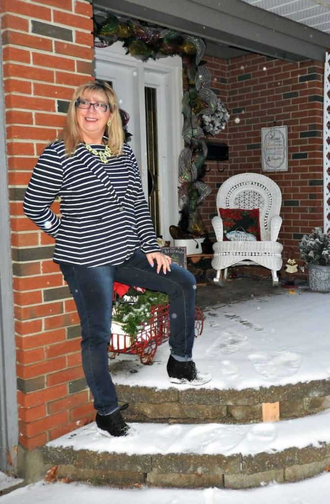 Old Navy striped blazer and top with the Haggar dream Jeans and George wedge boots.  And a yosa necklace