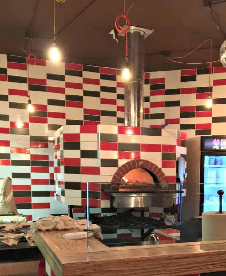 Pie Wood fire Pizzeria in Collingwood