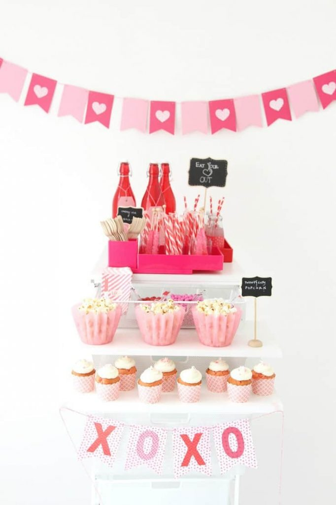 10 Sweet Valentine Celebrations Compliments of Pinterest plus a barcart
