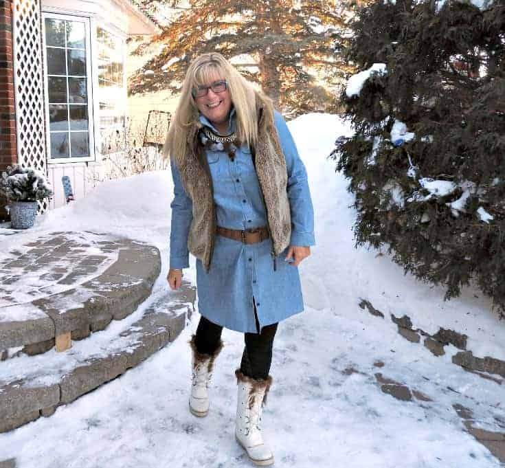 Chambray, leggings and fur still work as fashion over 50 especially with a pompom necklace and skecher boots
