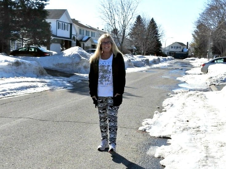 lined aztec leggings in the snow