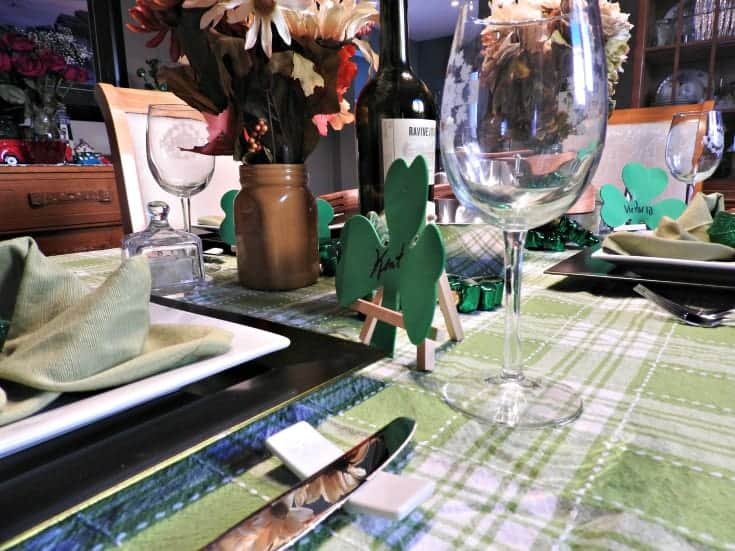 St Paddy's day table setting in green