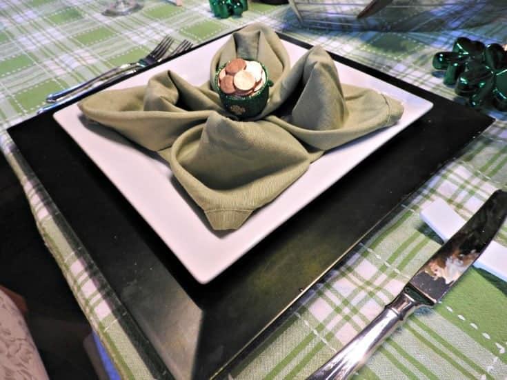 shamrock napkin fold